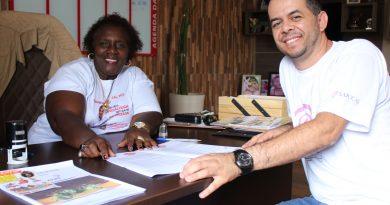 Parceria do SINDVAS promove estudo em artes cênicas