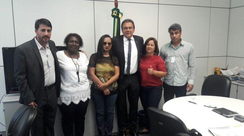 Presidente Maria Rosângela Lopes participa de reunião no Ministério do Trabalho