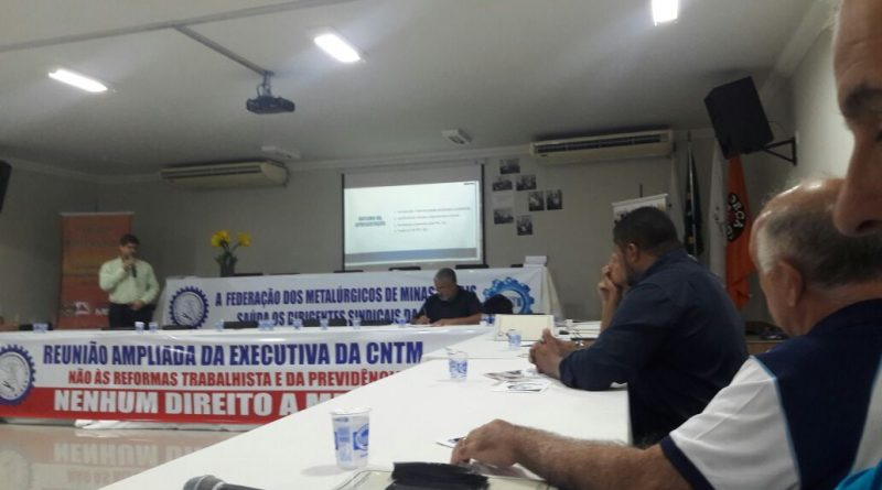 SINDVAS debate defesa dos direitos dos trabalhadores em Belo Horizonte