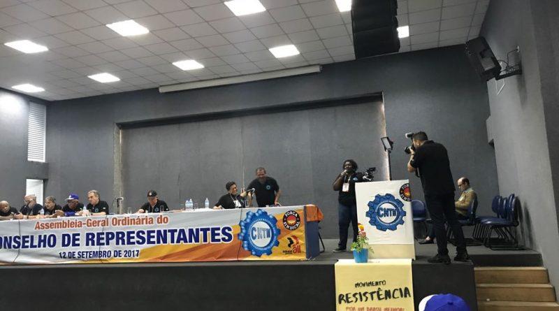 Diretoria do SINDVAS participa de assembleia da CNTM